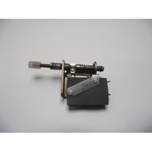 /10494-3906-thickbox/metric-autoslot-micro-switch--
